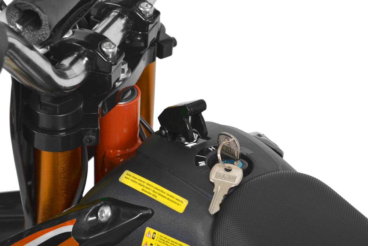 HECHT 54500 - accu minicross
